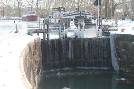 Photos Le canal du Midi gelé 2012